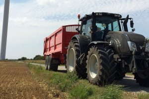 Operated tractor hire